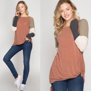 TABBY Twist Detail top - Rust